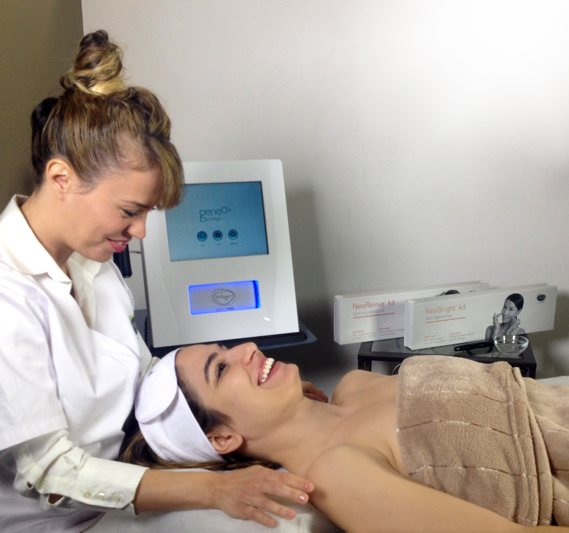 Spring Mist Spa - Oxygeneo Skin Tightening using RF Tripollar